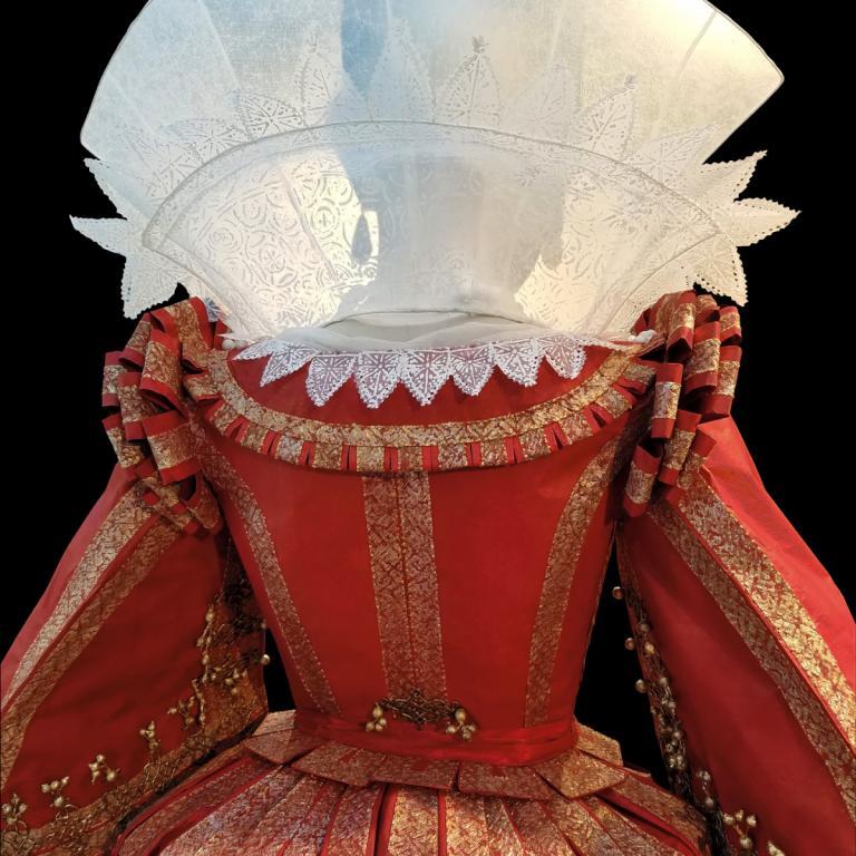 Isabelle de Borchgrave exhibition: